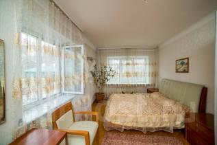 3-комнатная, улица Абрекская 4. Центр, агентство, 86,0кв.м. Комната