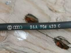 Датчик положения коленвала VW GOLF 4 1.6 06A906433C