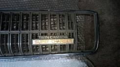 Решетка радиатора Toyota Crown GS131