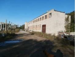 Земельный участок 1,04 га с комплексом зданий 1781,1 кв. м. 10 482кв.м., собственность, электричество