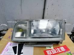 Фара Тойота Хайс -90-93