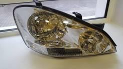Фара передняя правая Toyota Ipsum 01-03 Новая оригинал