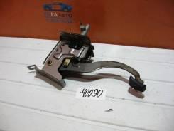 Педаль сцепления Chevrolet Aveo (T200) 2003-2008 Chevrolet Aveo (T200) 2003-2008