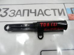 Демпфер бардачка Suzuki Escudo TDA4W
