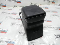 Подлокотник Suzuki Escudo TDA4W
