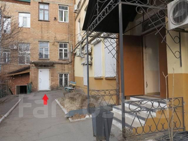 Продаются нежилые помещения 309 кв. м. в центре Владивостока. Улица Пушкинская 83, р-н Центр, 309,0кв.м. Дом снаружи