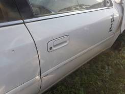 Дверь передняя правая Toyota Cresta GX100