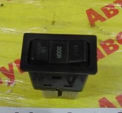 Кнопка центрального замка Toyota Estima Emina Toyota Estima Emina 1997.11