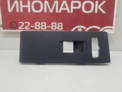 Накладка обшивки двери (передняя правая) [32237414] для Volvo XC40