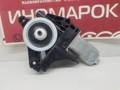 Моторчик стеклоподъемника (передний левый) [966268103] для Volvo XC40
