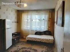 1-комнатная, улица Ладыгина 9/1. 64, 71 микрорайоны, агентство, 36,0кв.м. Комната