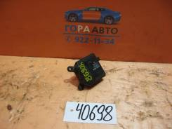 Моторчик заслонки отопителя Opel Astra H / Family 2004-2015 (Моторчик заслонки отопителя) [52418856]