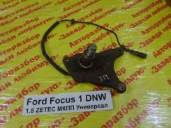 Цапфа Ford Focus Ford Focus 02.1999, правая задняя