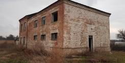 Земельный участок с домом и выходом к реке. 9кв.м., собственность, электричество, вода