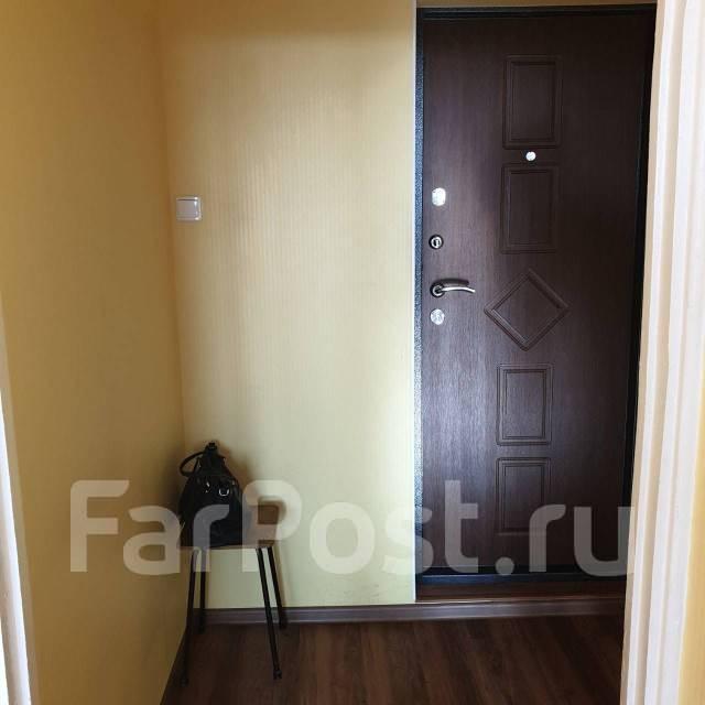 1-комнатная, улица Черняховского 19. 64, 71 микрорайоны, частное лицо, 36,0кв.м. Прихожая