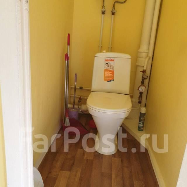 1-комнатная, улица Черняховского 19. 64, 71 микрорайоны, частное лицо, 36,0кв.м. Сан. узел