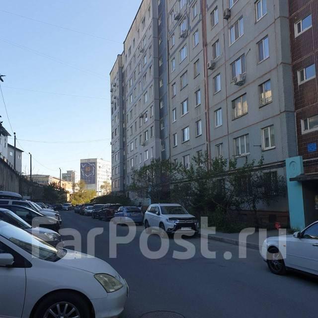 1-комнатная, улица Черняховского 19. 64, 71 микрорайоны, частное лицо, 36,0кв.м. Дом снаружи