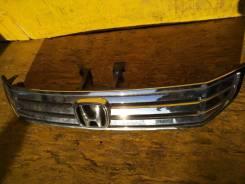 Решетка радиатора Honda Stepwagon, передняя