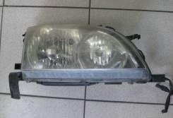 Фара Toyota Caldina ST210 R xenon