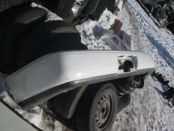 Бампер задний на Toyota Corolla AE100
