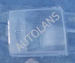 Стекло фонаря плафона освещения салона левое Mitsubishi Pajero 4