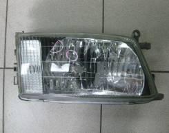 Фара Toyota HiAce Regius R