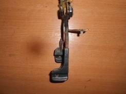 Ручка открывания багажника Hyundai Elantra II J2, J3 1995-2000 [8157022012]