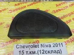 Решетка динамика Chevrolet Niva Chevrolet Niva 2011