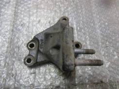 Кронштейн двигателя правый Kia Ceed 2007-2012; Cerato 2004-2008; Elantra