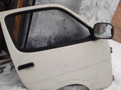 Дверь передняя правая, Toyota Hiace KZH110 1KZ-TE