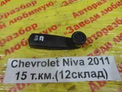 Ручка стеклоподъемника Chevrolet Niva Chevrolet Niva 2011, правая задняя