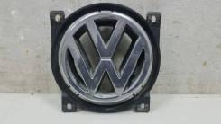 Эмблема Volkswagen Passat
