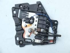 Блок предохранителей аккумулятора Citroen Citroen C3 Picasso 2008-2017 [9801148280]