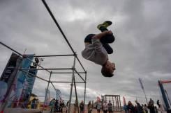 Тренер по акробатике, прыжкам на батуте, паркуру