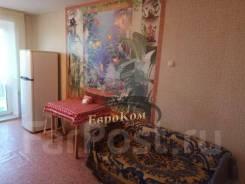 2-комнатная, улица Маковского 192а. Океанская, агентство, 56,0кв.м.