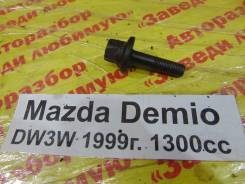 Болт шкива коленвала Mazda Demio Mazda Demio 31.05.2001