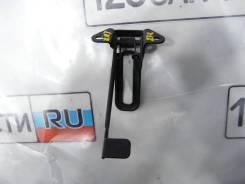 Крючок замка капота Toyota Avensis III ZRT272