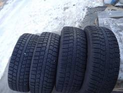 Pirelli Winter Ice Control, 215/65 R16