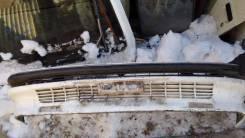 Передний бампер Toyota Corolla AE90