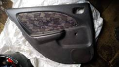 Обшивка двери задняя Toyota Avensis, T220, хетчбек,67640-05730-B0