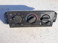 Блок управления климат-контролем. Cadillac Escalade, GMT820, GMT830