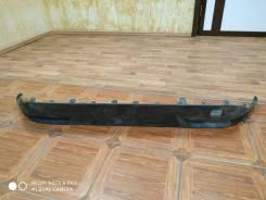 Бампер задний Toyota Prius (XW50) черный нижняя часть