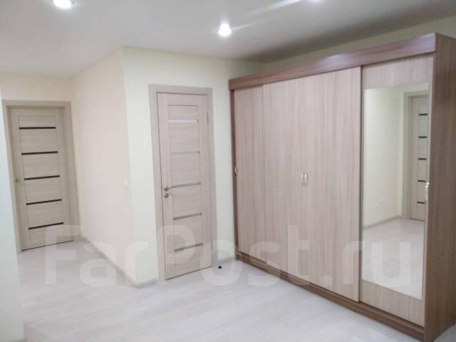 3-комнатная, улица Кипарисовая 2а. Чуркин, частное лицо, 52,3кв.м.