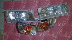 Правая - левая фара Toyota Corolla AE -100 ( хрусталь Комплект )