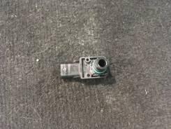 Датчик давления на воздушном фильтре Mercedes A0071530528