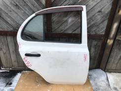 Дверь задняя правая Nissan March