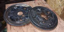 Щиток тормозного механизма. Honda Civic, EU3, EU1 Honda Stream, RN1 D17A, 4EE2, D14Z5, D14Z6, D15B, D15Y3, D16V1, D16V2, D16V3, D16W7, D17A2, D17A5, K...