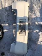 Бампер Toyota Vitz 90