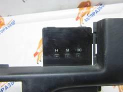 Часы. Toyota Hilux Surf, VZN130G Toyota 4Runner, LN106, LN107, LN111, LN130, LN135, RN105, RN106, RN110, RN130, RN135, VZN130, YN106, YN130, YN135 Toy...