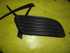Заглушка в бампер передняя правая TOYOTA Caldina ST210 '99-
